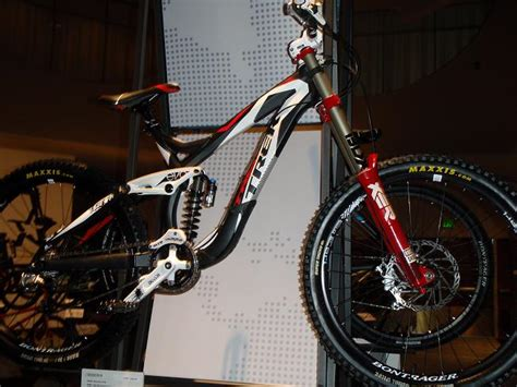 2011 Trek Session 88 Gets Aero, and Adds More Rubber