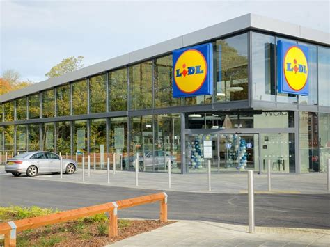 Lidl to launch click & collect for fresh groceries in Germany
