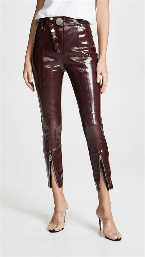 """These """"Ugly"""" Skinny Jeans Are Becoming a Thing 