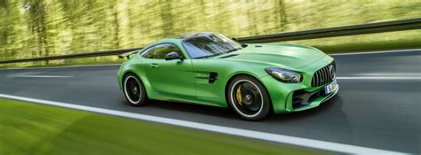 2018 Mercedes-AMG GT R Green Hell Magno Exterior Paint