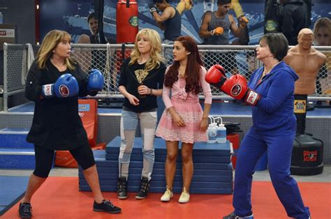 'Laverne & Shirley's' Penny Marshall and Cindy Williams