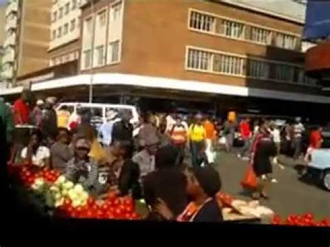 Walk from Johannesburg Park station to nearby taxi rank