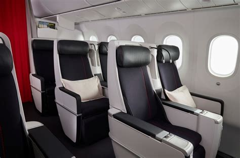 First Look at Air France 787-9 Dreamliner - Live and Let's Fly