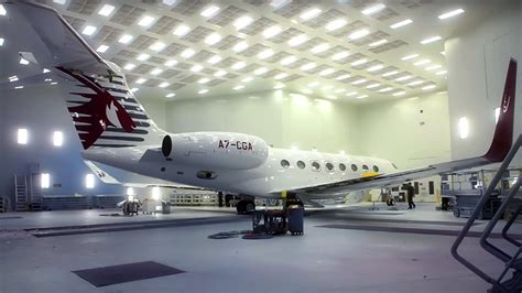 Painting The Qatar Executive Gulfstream G650ER Private Jet
