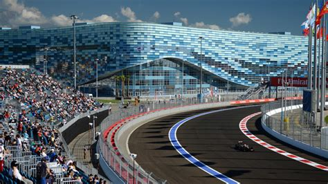 Start your engines: Maiden Russian F1 GP gets under way in